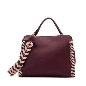 Delisia Crossbody bag by Melie Bianco